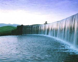 Very-Attractive-Beautiful-Waterfall-4-1024x819